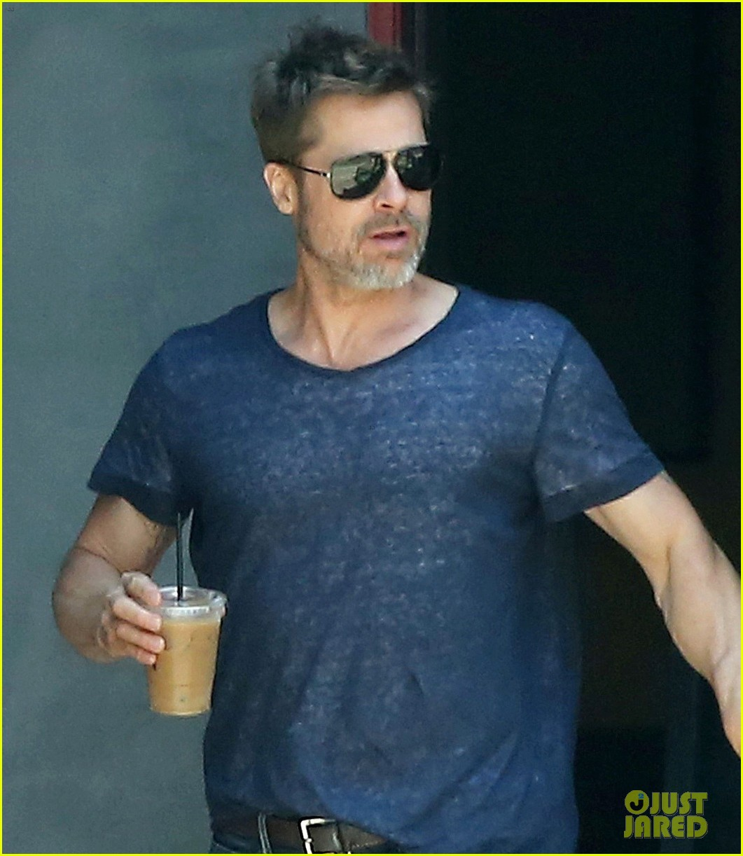 brad pitt sips on iced coffee after lunch with friends 063924472