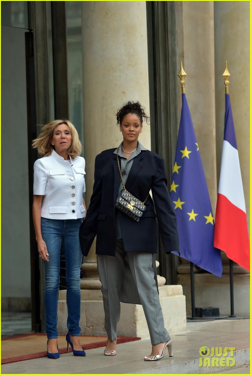 rihanna meets with french president emmanuel macron 053934079