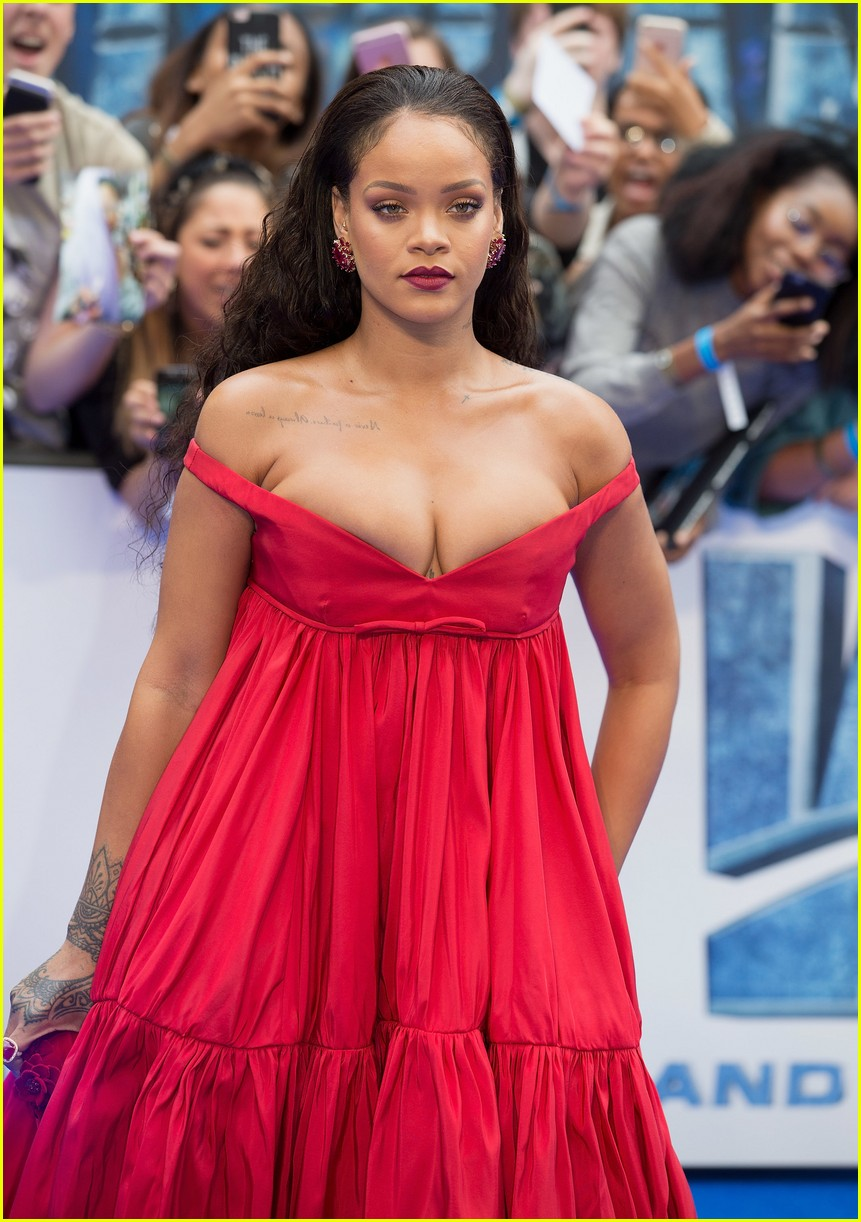 Who is dating rihanna this year 6