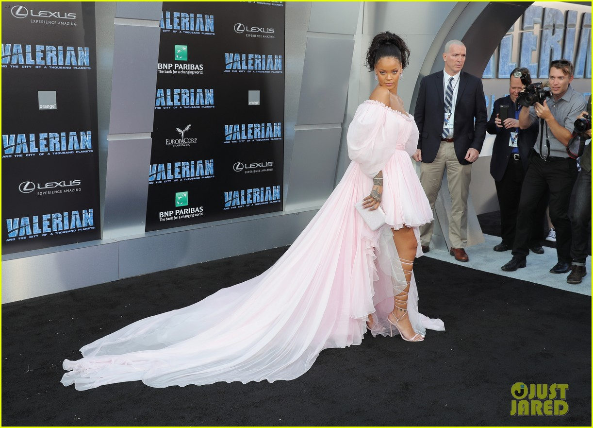 rihanna stuns in pink tulle gown at valerian premiere 113929658