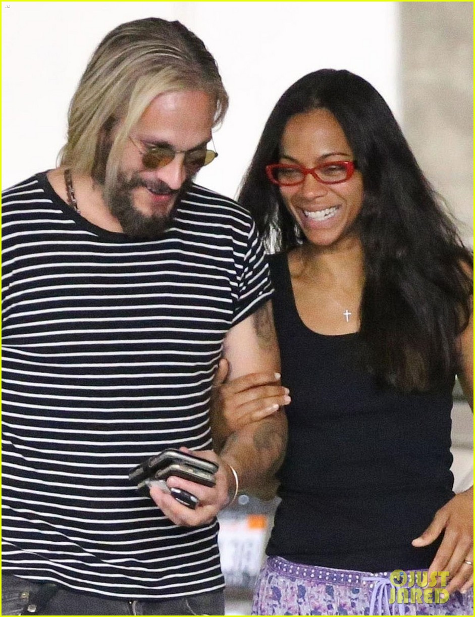 zoe saldana hubby marco perego share a laugh on afternoon date 043930416