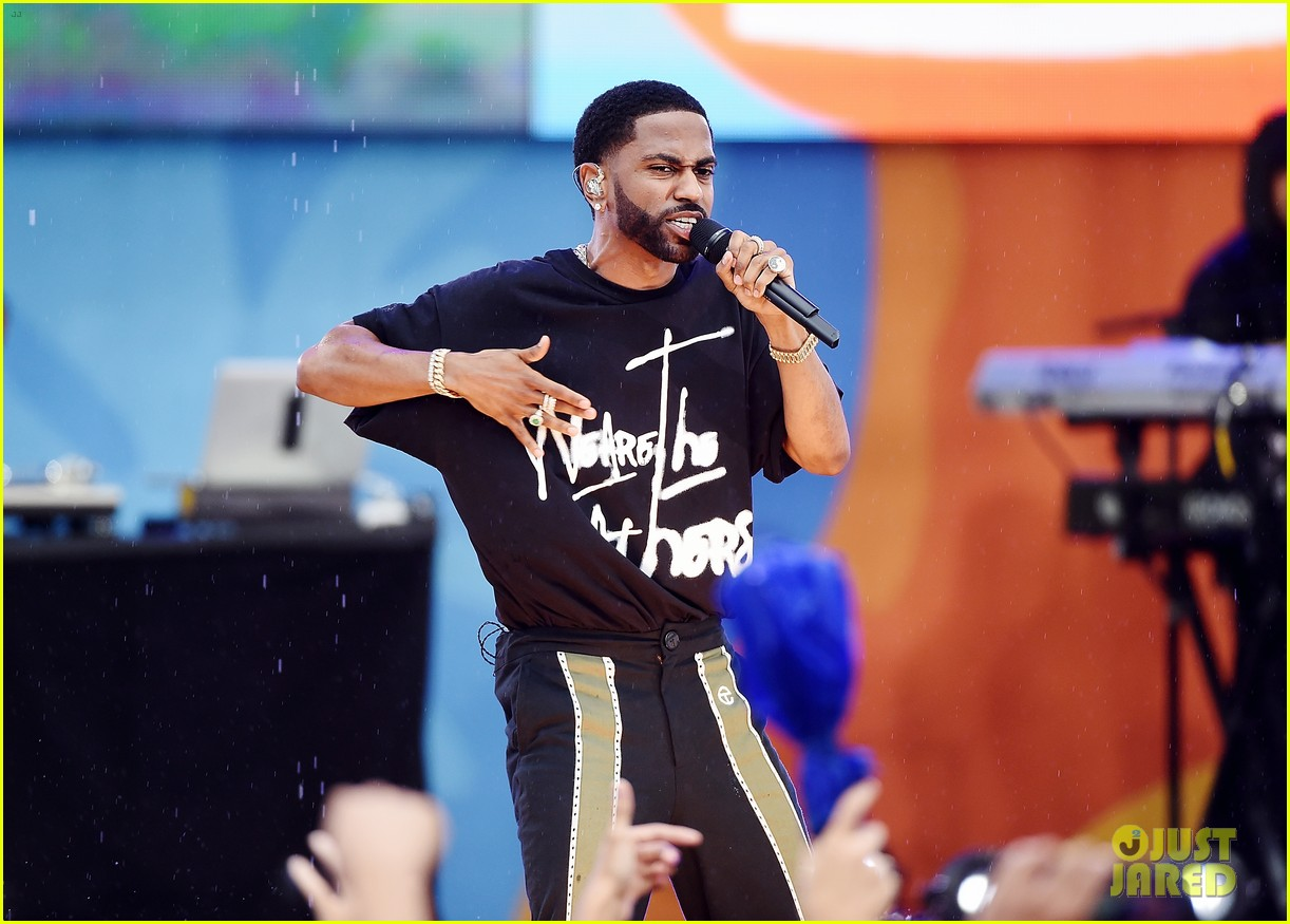 big sean spreads positive message at gma concert 023924855
