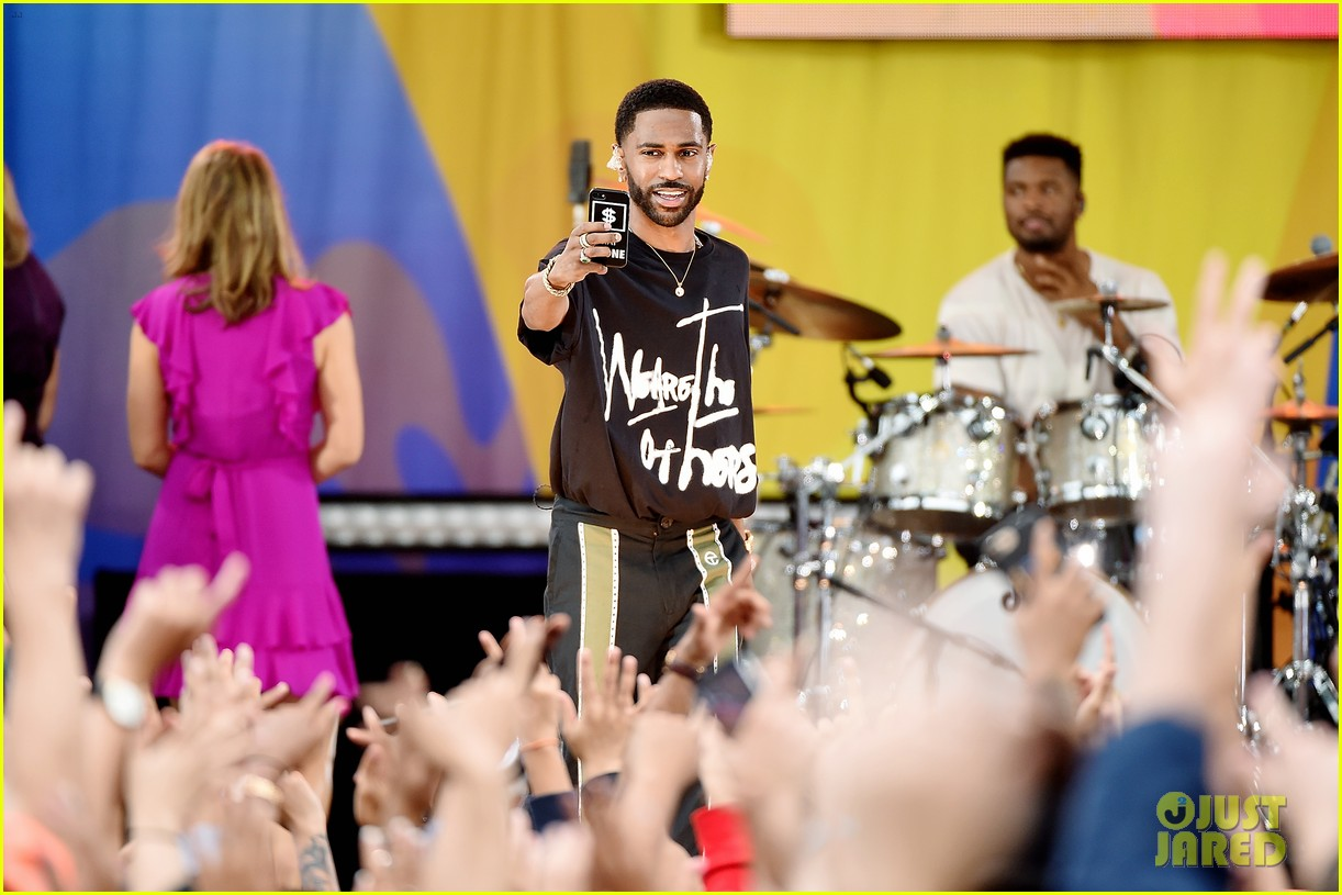 big sean spreads positive message at gma concert 073924860