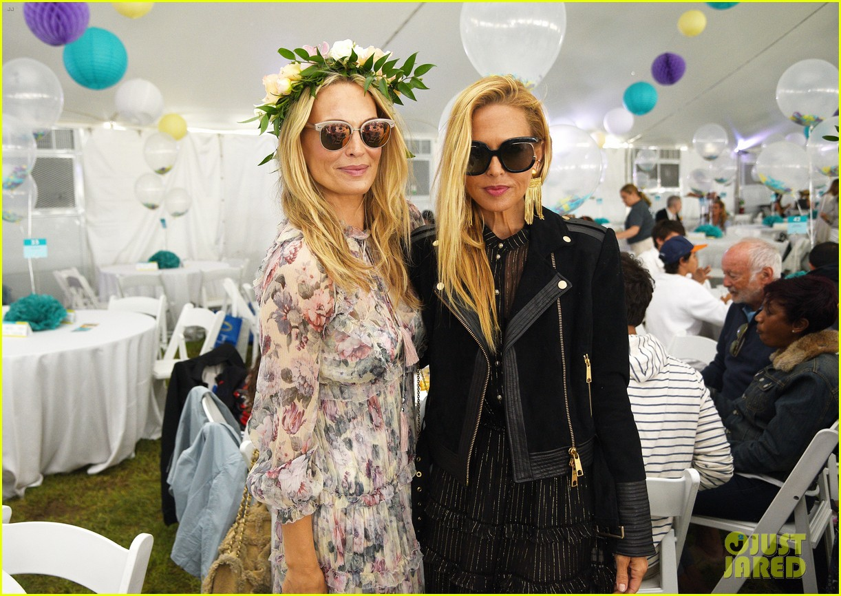 molly sims brooks stuber bring their kids to charity event 013935441