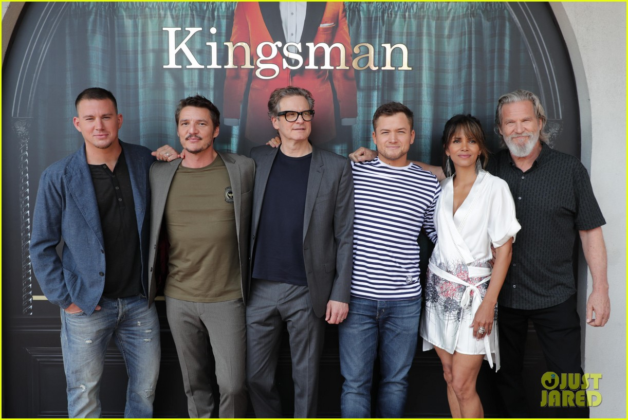channing tatum taron egerton halle berry kick off comic con 2017 with kingsman 2 panel 043930503