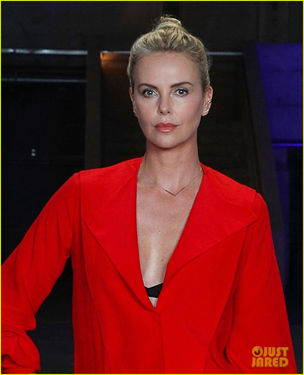 Charlize Theron Ny Blondes: Charlize Theron Is Red Hot For 'Atomic Blonde' Press In