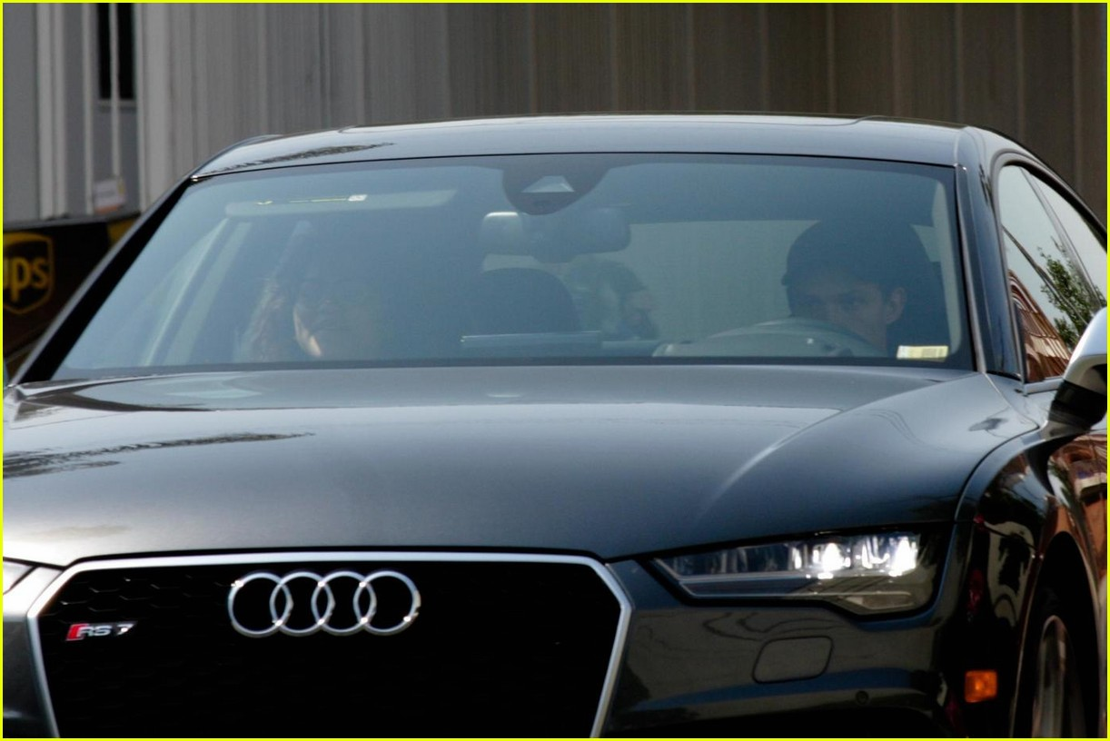 zendaya tom holland car ride photos 073929412