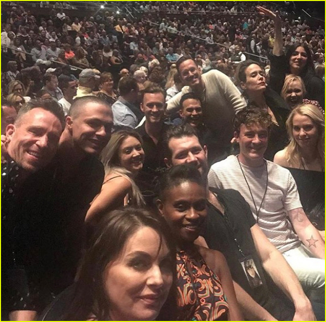 america horror story cult cast attend chers vegas show 033943921