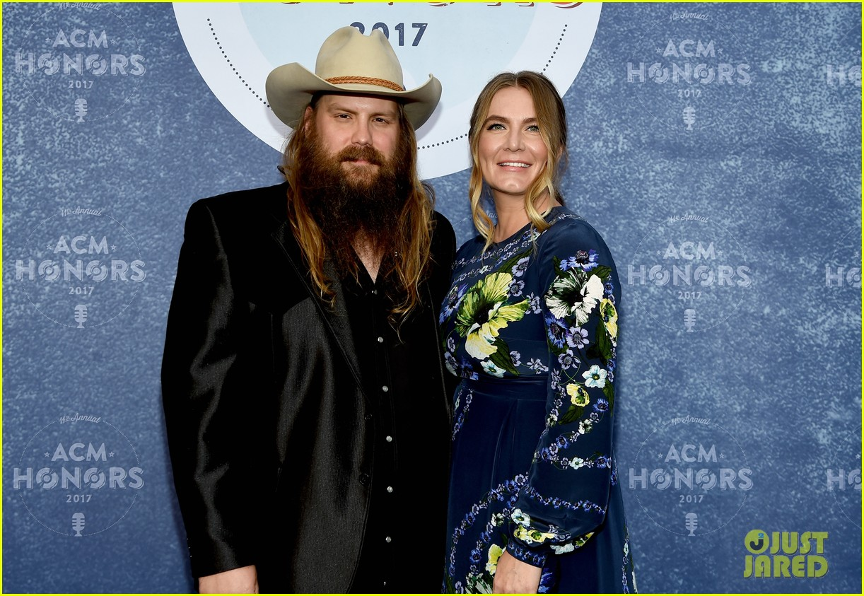 Jason Aldean Pregnant Wife Brittany Kerr Attend Acm Honors Photo
