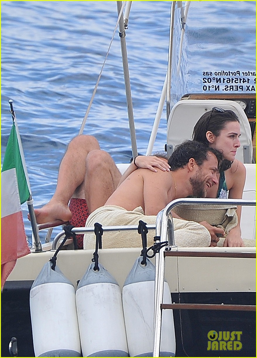 bee shaffer fiance francesco carrozzini flaunt pda in italy 323948854