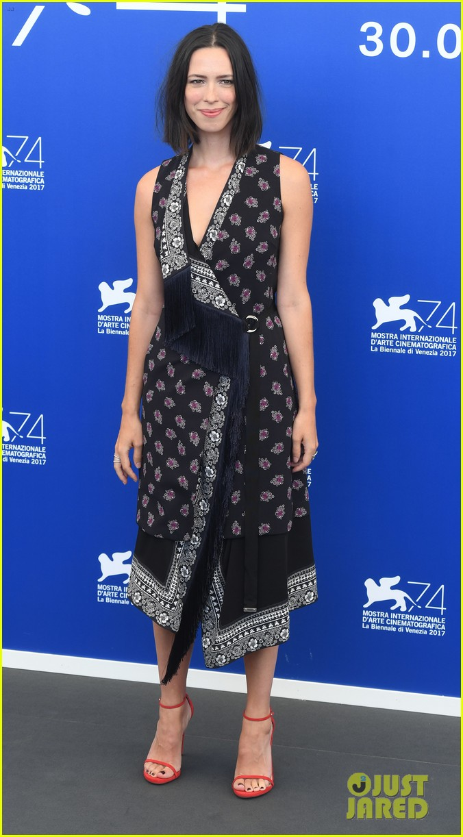 annette bening on lack of female directors at venice film fest sexism does exist 023948122