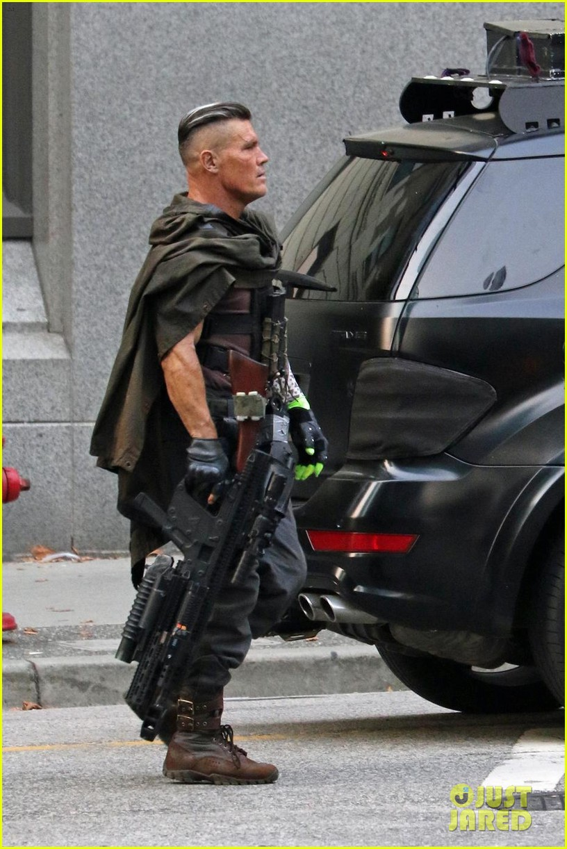 josh brolin spotted in costume as cable on deadpool 2 set 033939465