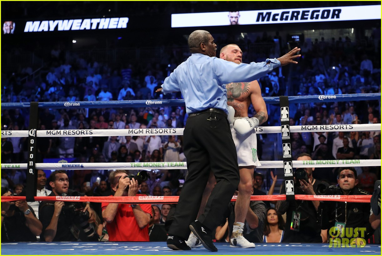 celebs react to mayweather beating mcgregor 123946010
