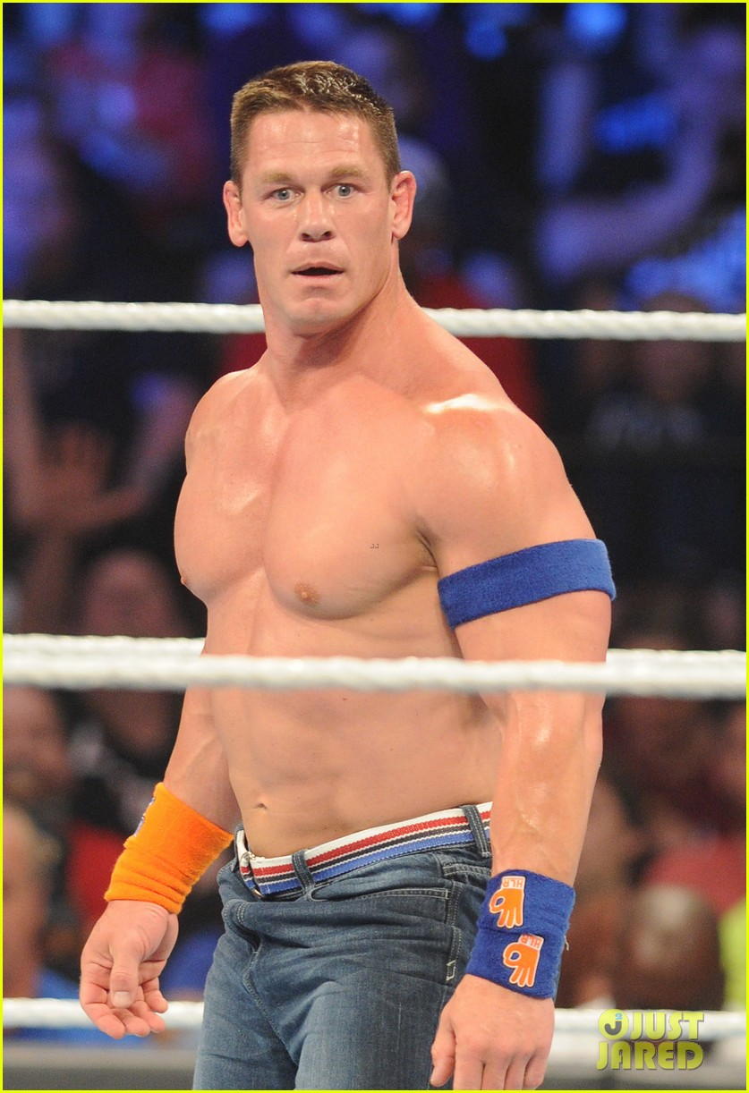 John Cena Goes Shirtless During WWE SummerSlam 2017: Photo 3943944 ...