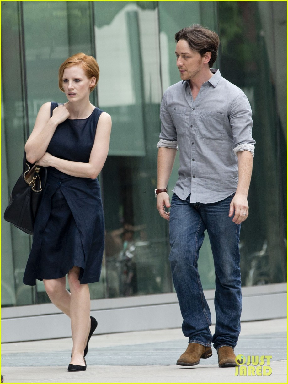 jessica chastain teases x men role with james mcavoy 043936624
