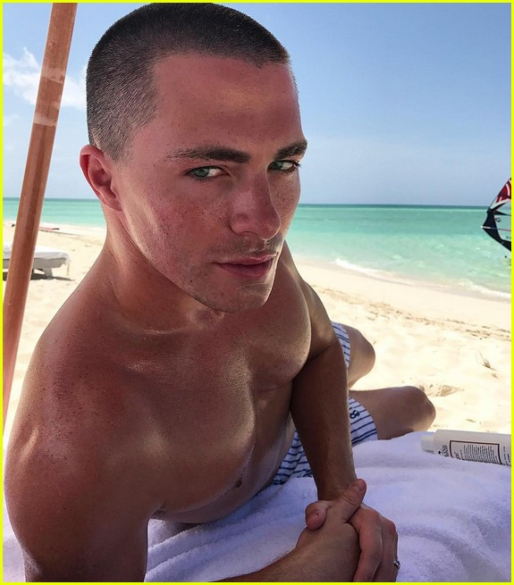 colton haynes vacation photos 023945143