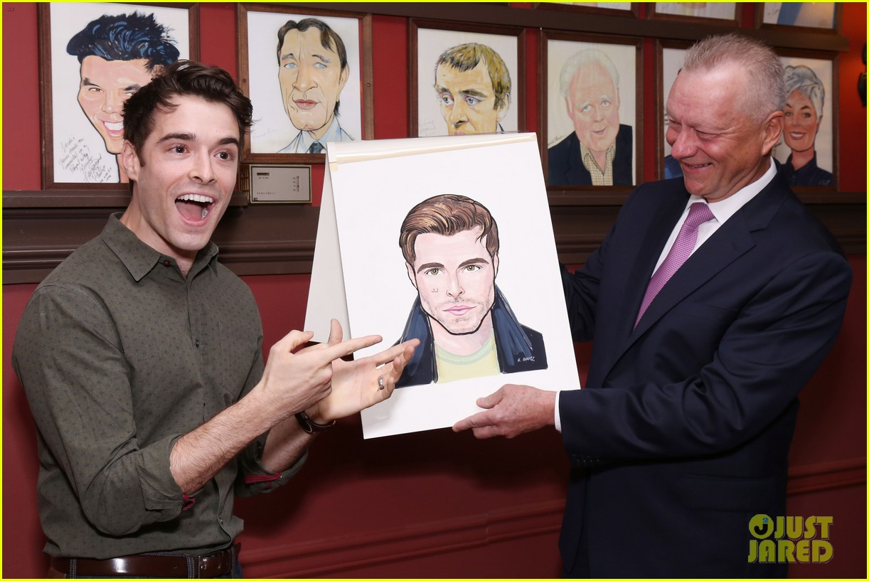 corey cott unveils his portrait at ny sardis 103941121