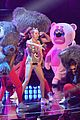 miley cyrus promises to be good at vmas 2017 09