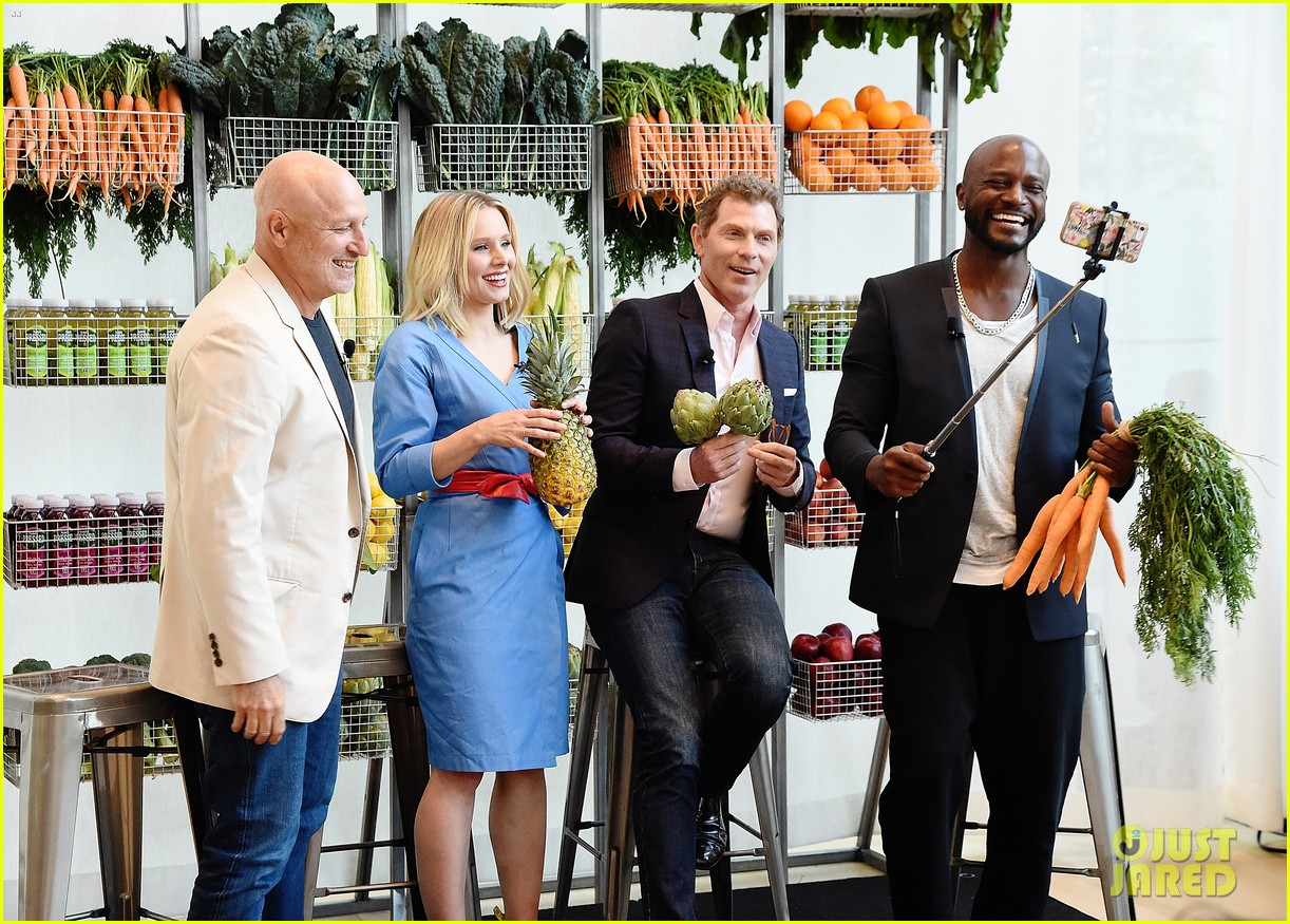 taye diggs kristen bell attend launch in nyc 013940414