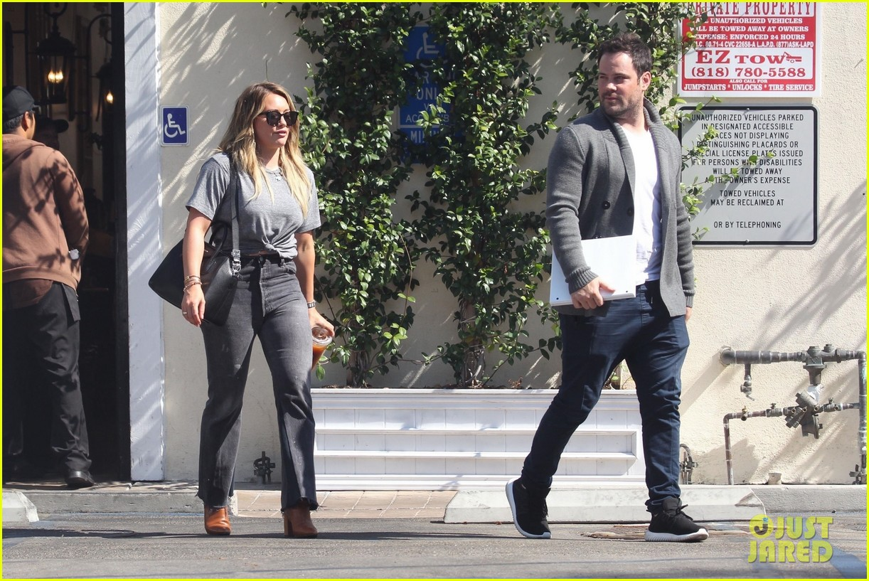Hilary duff and her ex husband mike comrie new york new picture