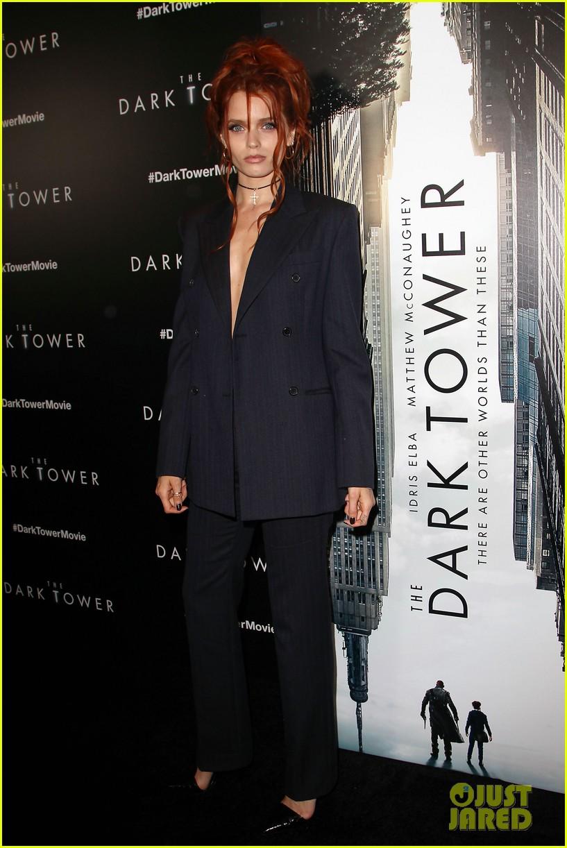 idris elba brings daugther isan to dark tower nyc premiere 043936238