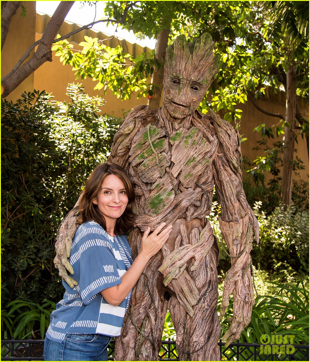 tina fey meets groot at disney california adventure 013941271