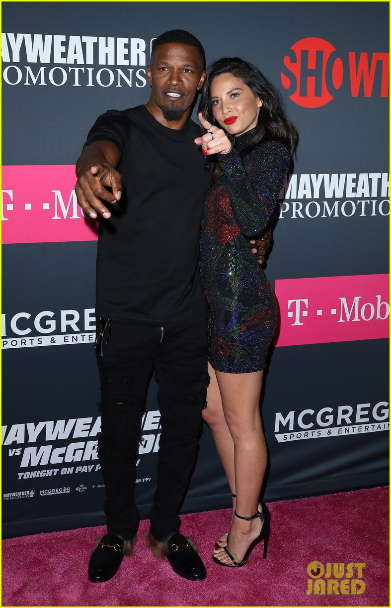 jamie foxx and olivia munn tons of other celebs attend mayweather mcgregor fight 053946093