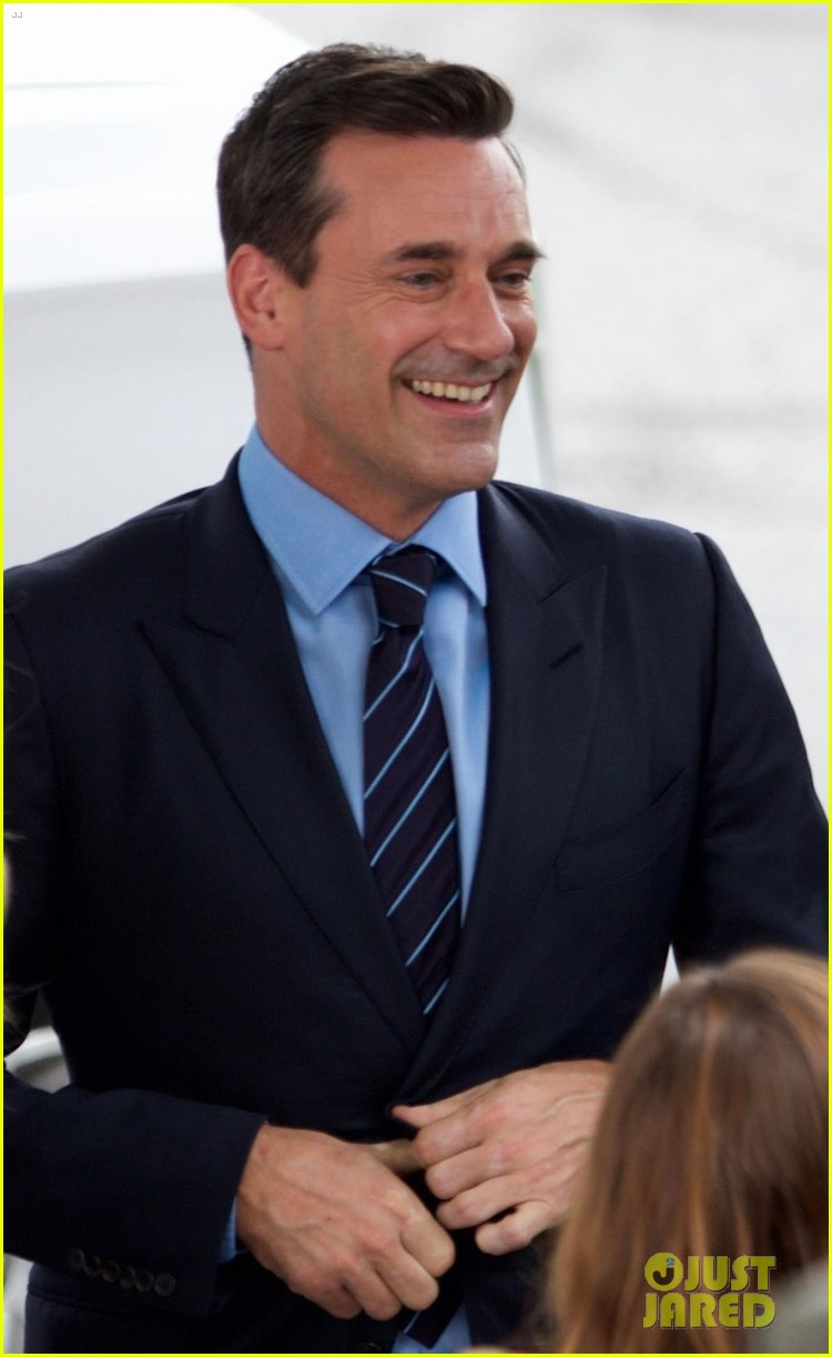 jon hamm isla fisher and ed helms begin filming new comedy tag 013937029