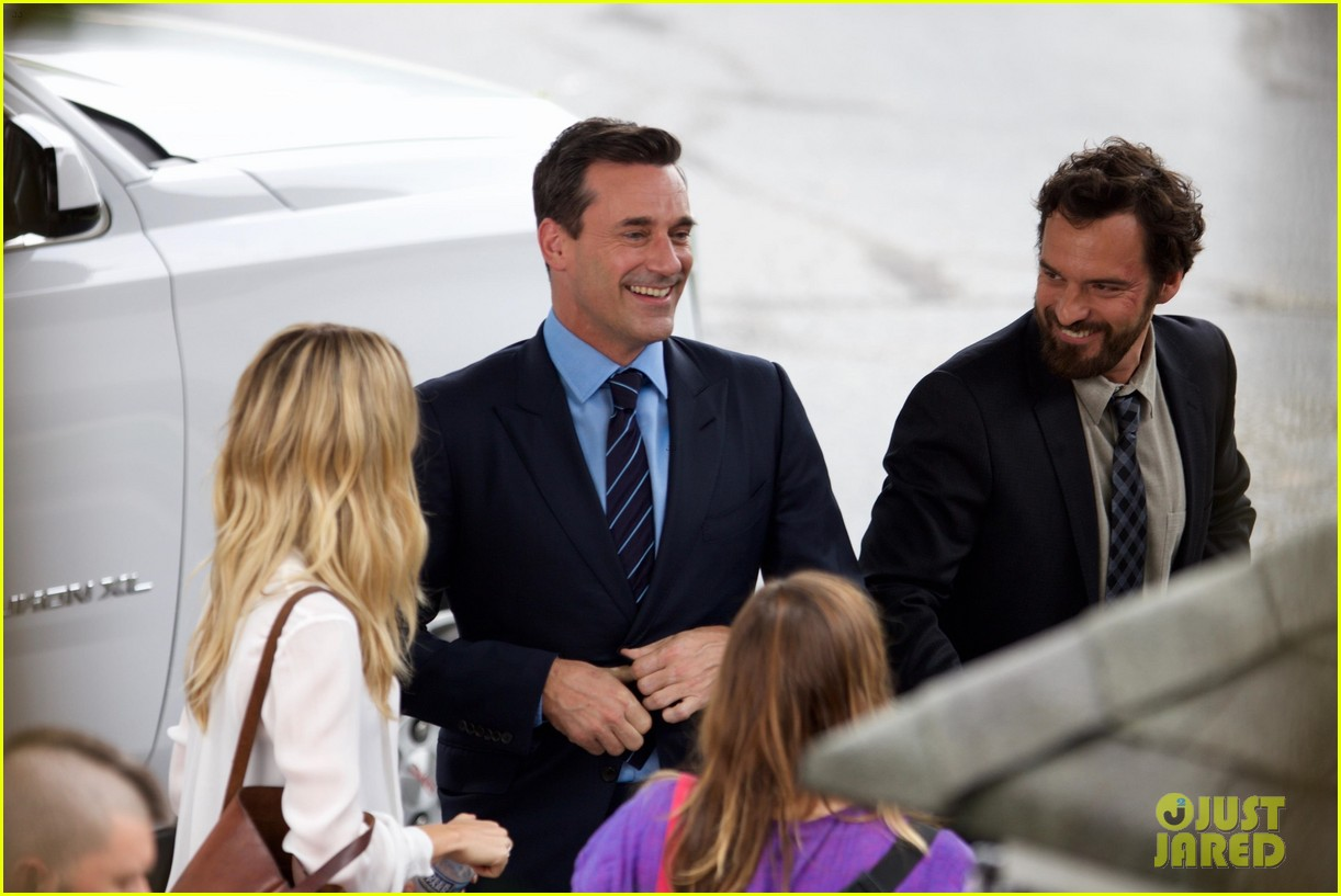 jon hamm isla fisher and ed helms begin filming new comedy tag 043937032