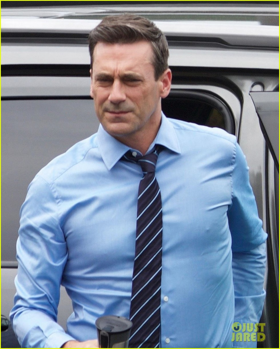 jon hamm isla fisher and ed helms begin filming new comedy tag 053937033