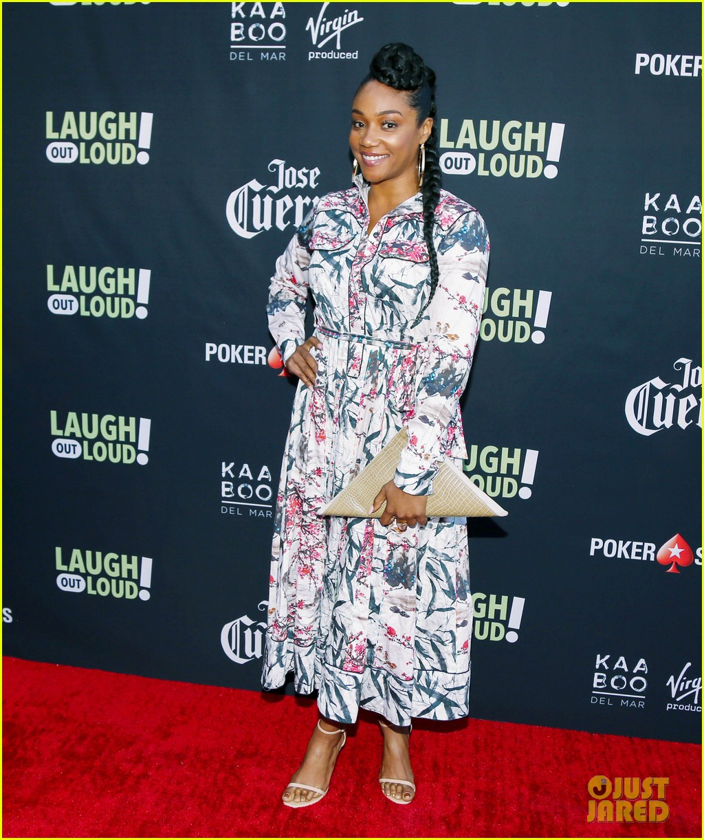kevin hart pregnant wife eniko parrish celebrate laugh out loud launch 013937800