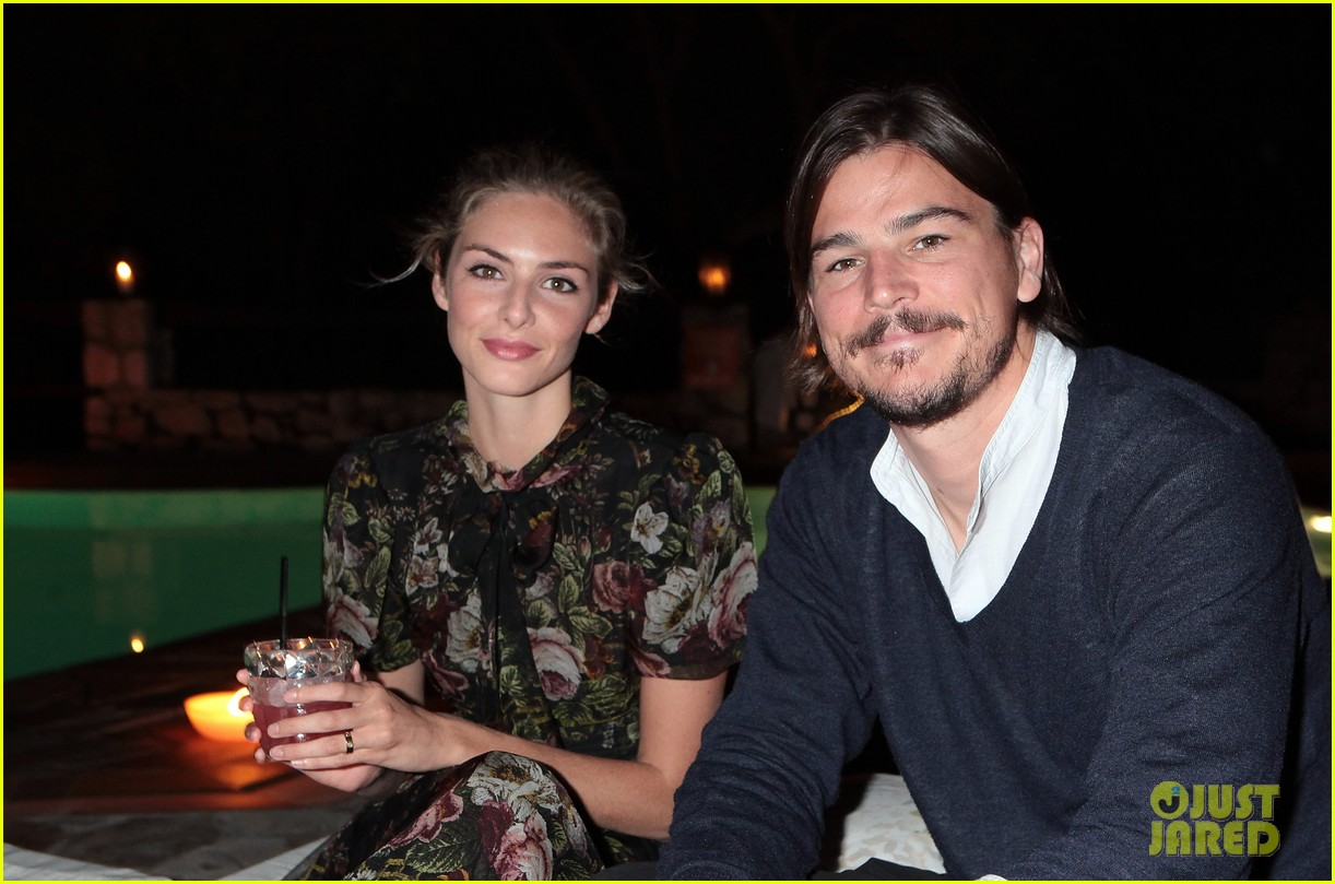 josh hartnett tamsin egerton welcome second child 023942074