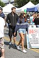 joshua jackson spends day at farmers market 07