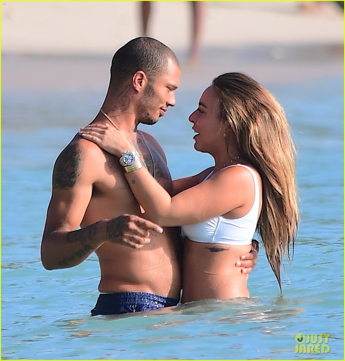 jeremy meeks chloe green vacation in barbados 033937943