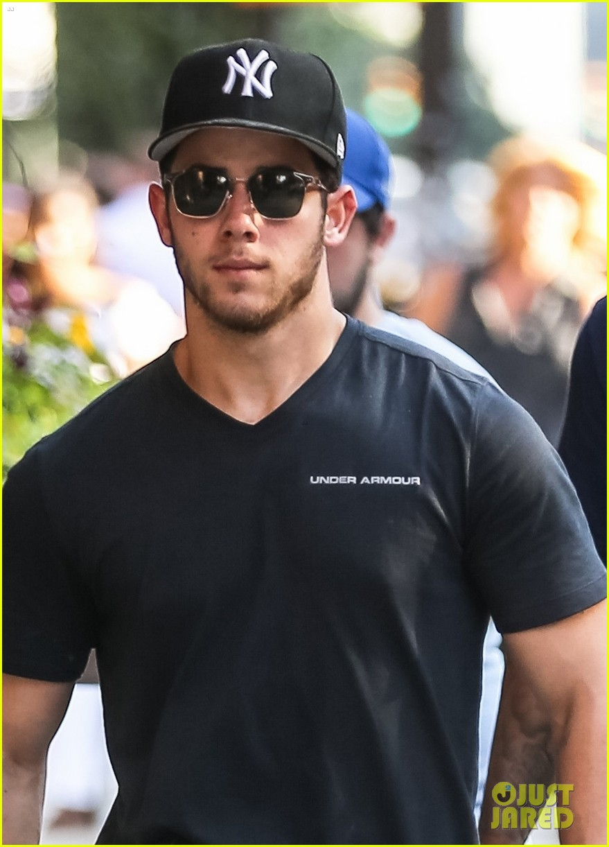 nick jonas supports the yankess while out in nyc 043943082