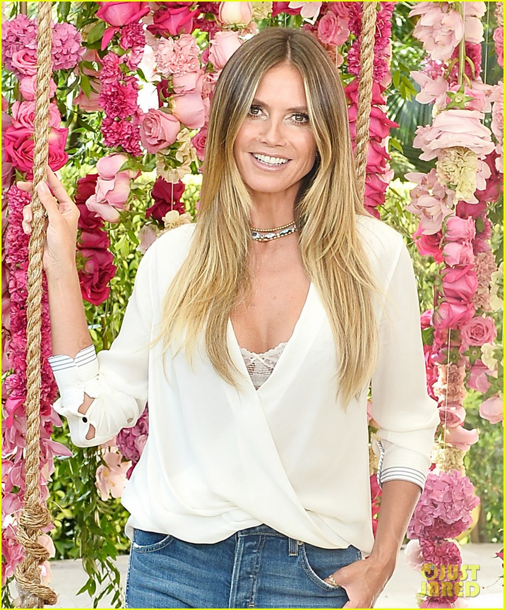 heidi klum says her kids dont mind her revealing instagrams 023943603