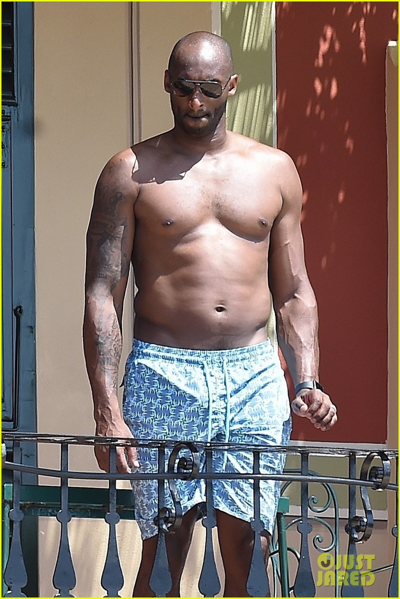 518648a29d67 Kobe Bryant Hangs Shirtless By the Pool During Family Vacation in Italy