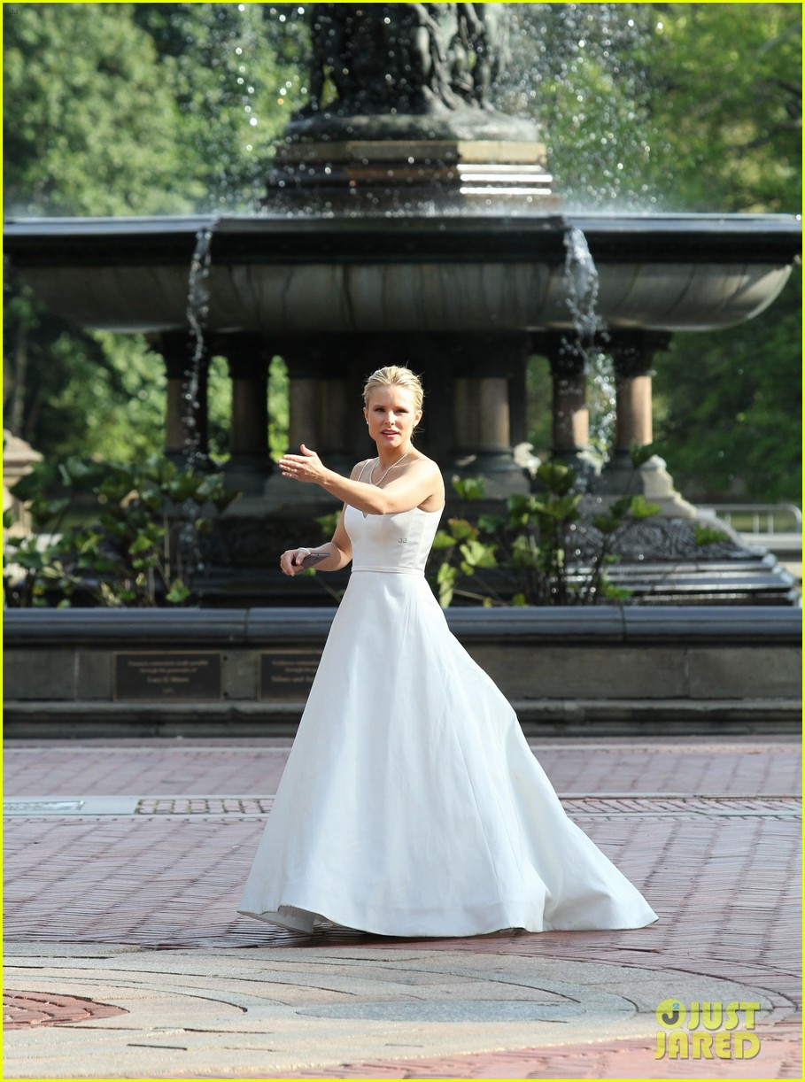 Kristen Bell Wears A Wedding Dress While Filming Like Father In