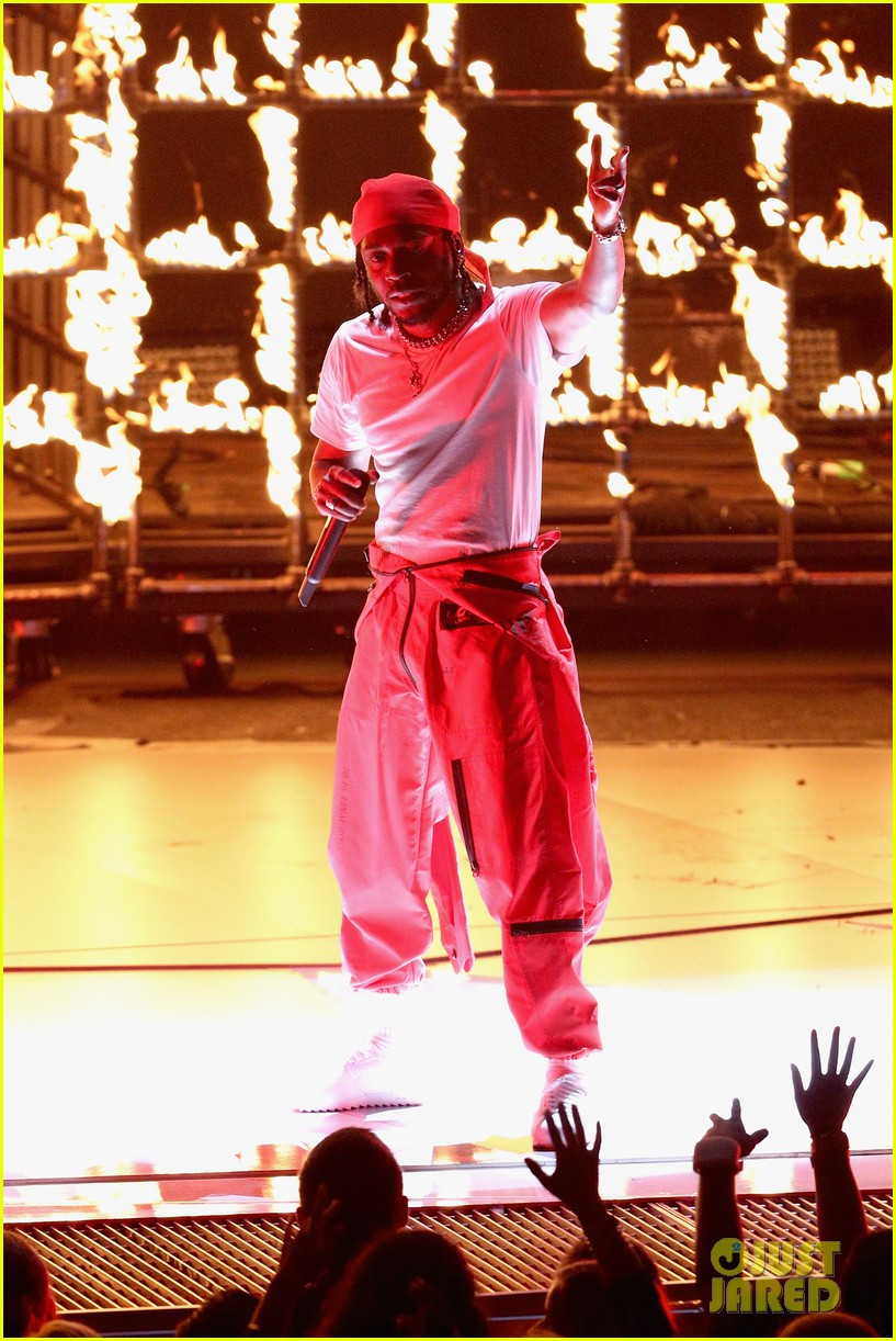 kendrick lamar mtv vmas 2017 performance 033946769