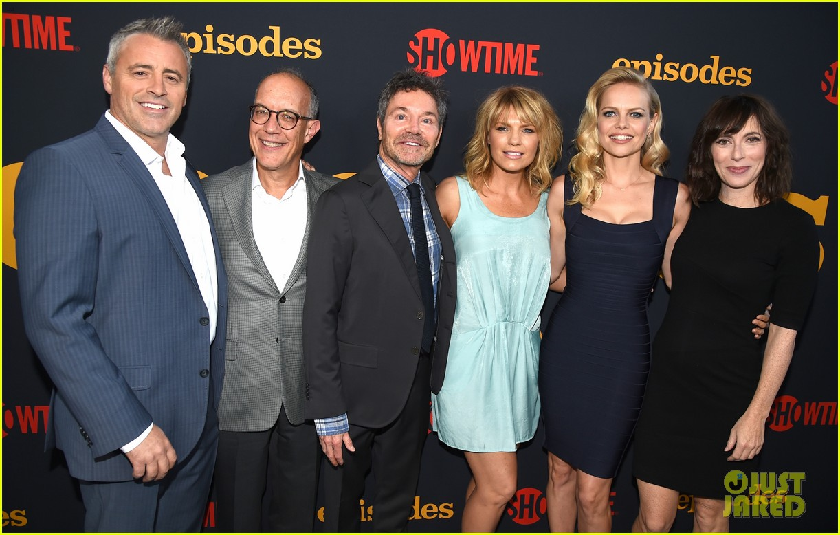 matt leblanc joins episodes cast at final season party 053942496