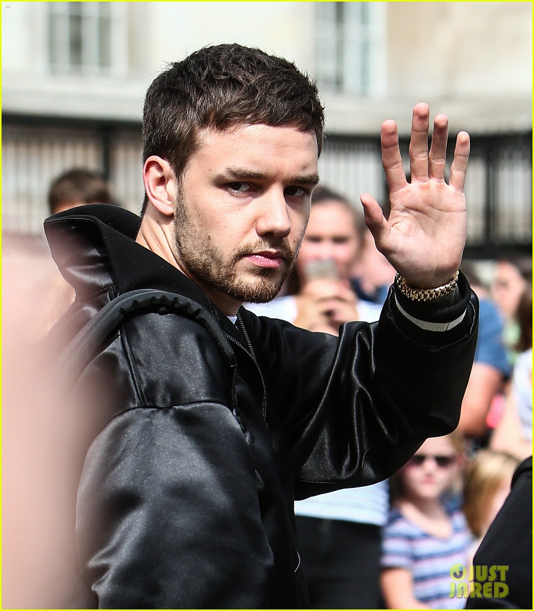 liam payne surprises fans london 253941773