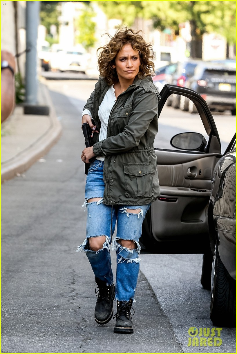 jennifer lopez makes a run for it on shades of blue set 053937191