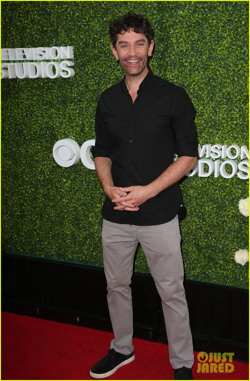 rob lowe son matthew join young sheldon cast at cbs summer tca soiree 493936832