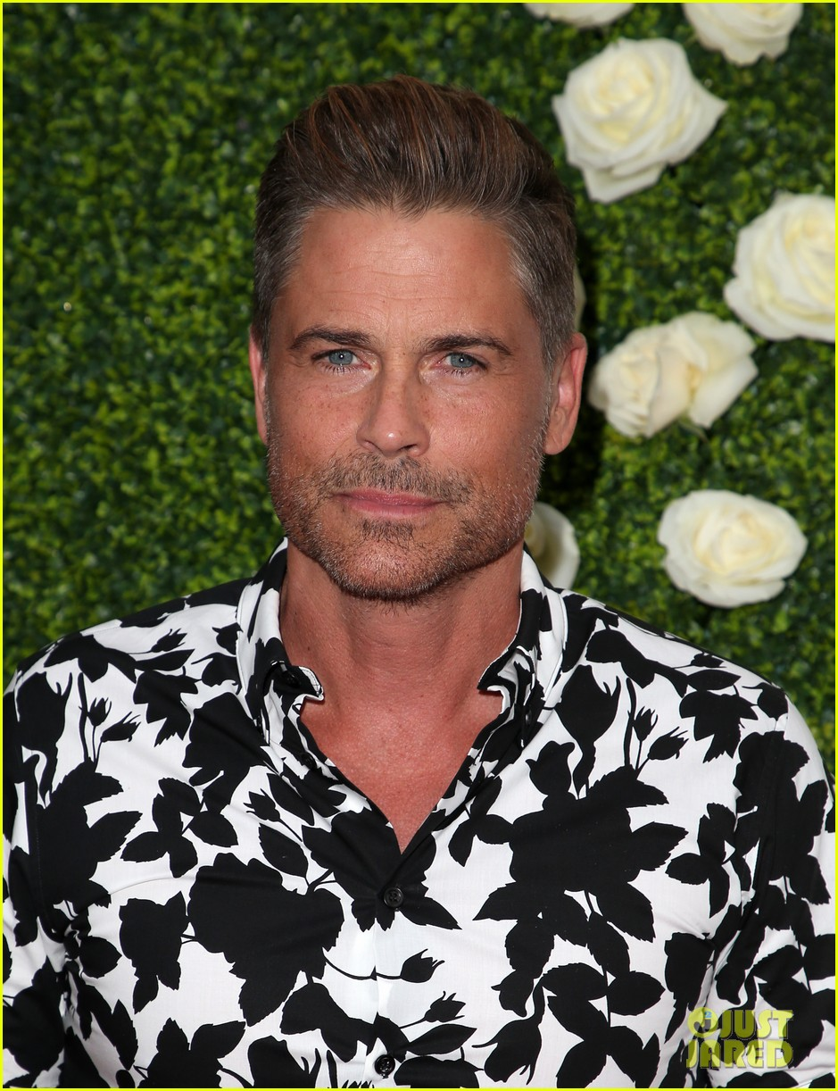 rob lowe son matthew join young sheldon cast at cbs summer tca soiree 783936861
