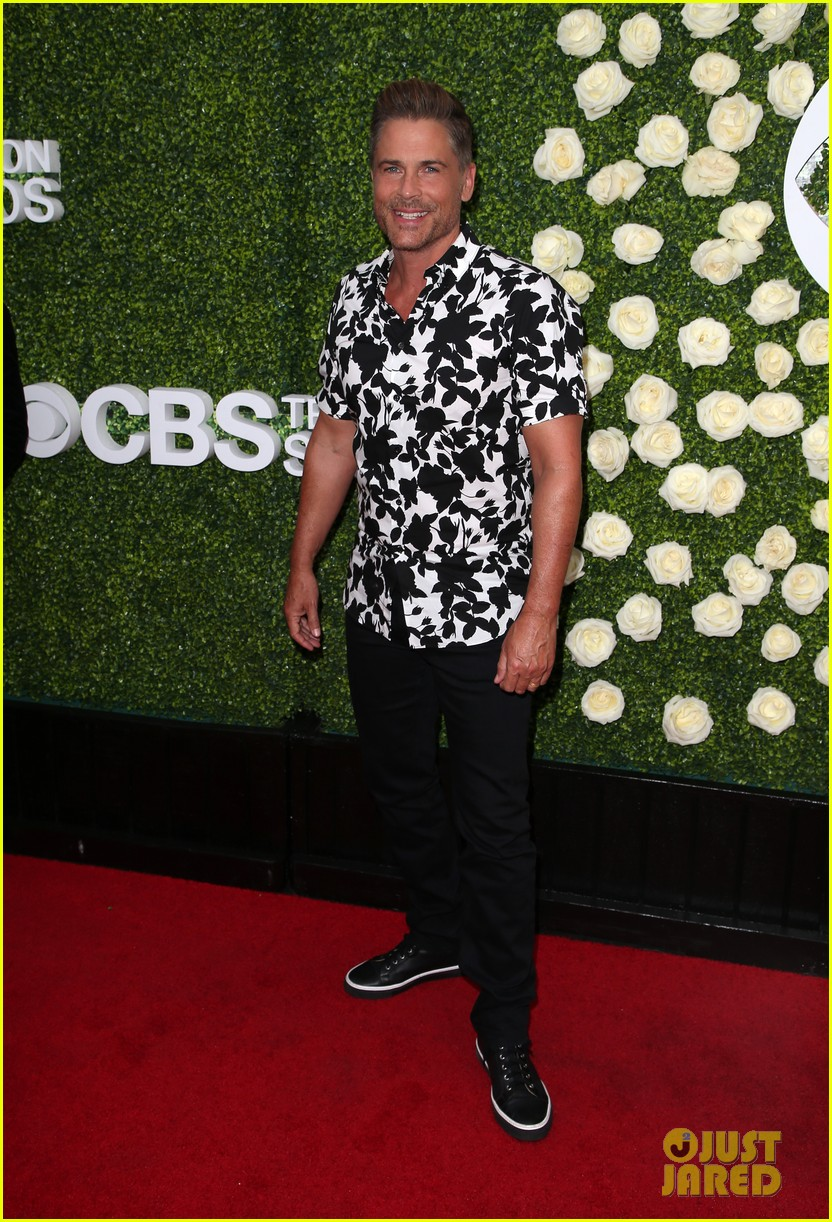 rob lowe son matthew join young sheldon cast at cbs summer tca soiree 793936862