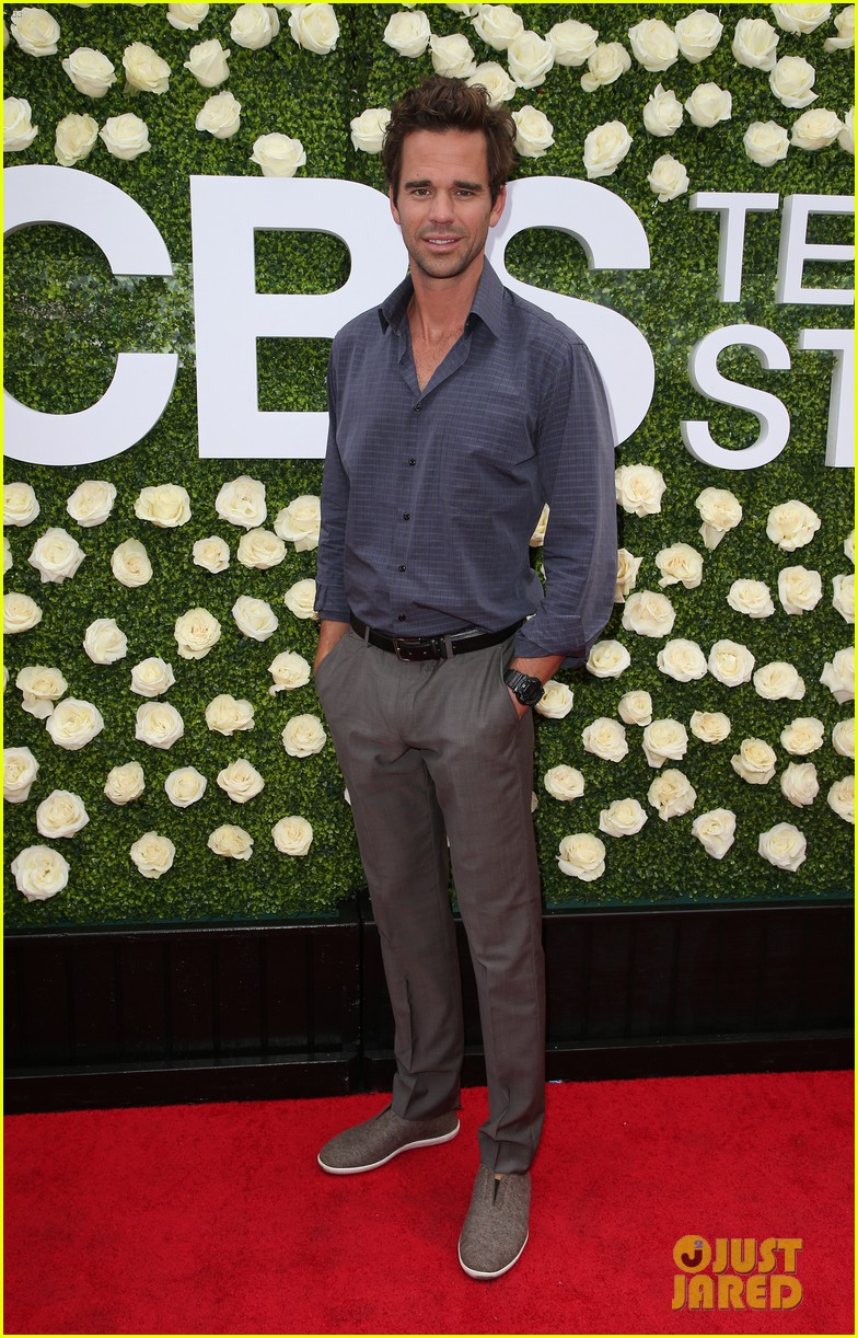 rob lowe son matthew join young sheldon cast at cbs summer tca soiree 903936873