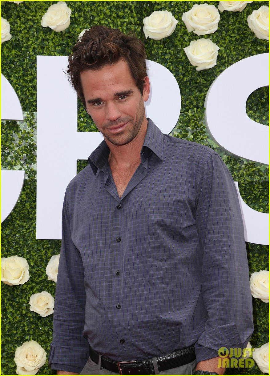 rob lowe son matthew join young sheldon cast at cbs summer tca soiree 913936874
