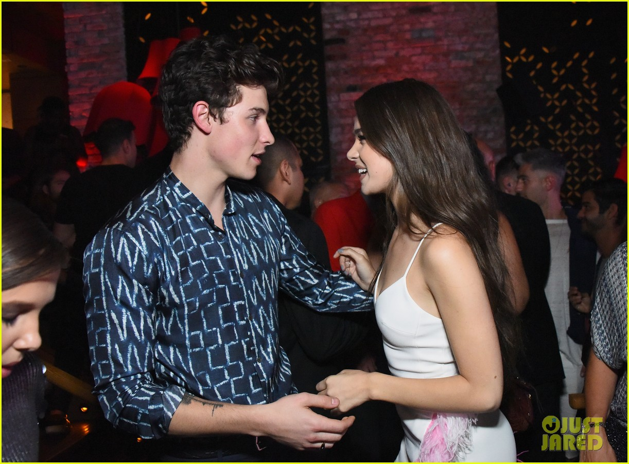 shawn mendes hailee steinfeld nina dobrev hit up republic records mtv vmas 2017 253947270