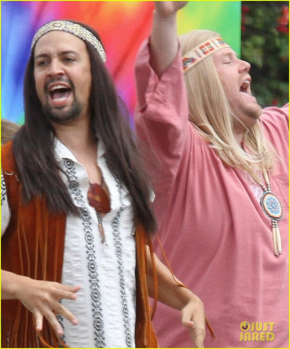 lin manuel miranda james corden go shirtless for crosswalk the musical 023942315
