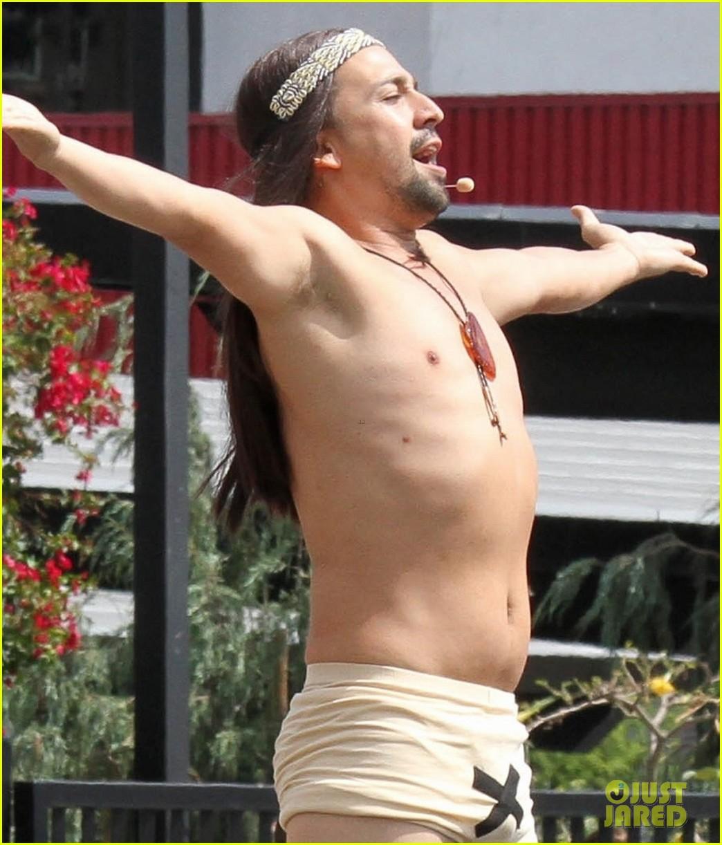 lin manuel miranda james corden go shirtless for crosswalk the musical 043942317